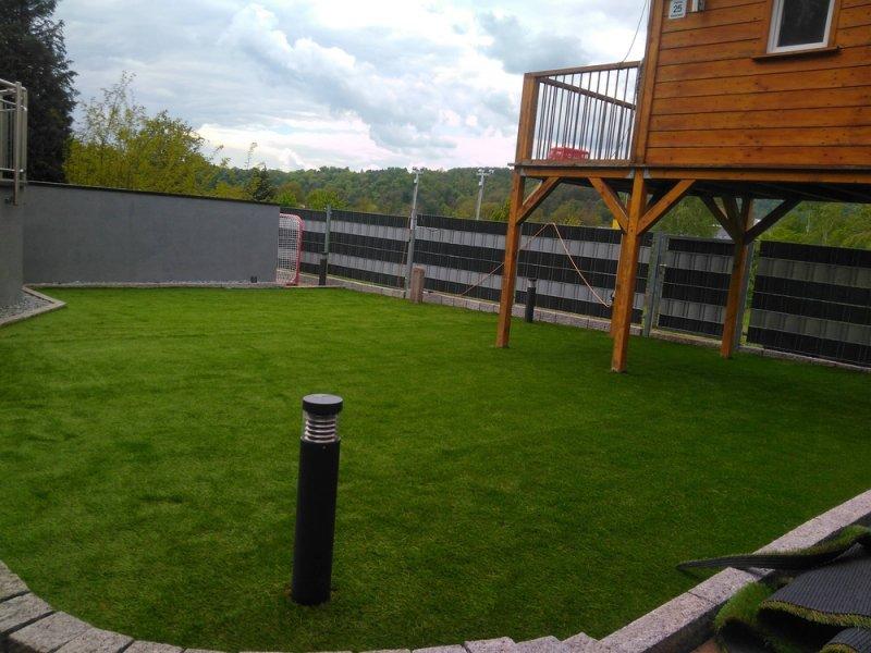 Kunstrasen_im_Garten (4)