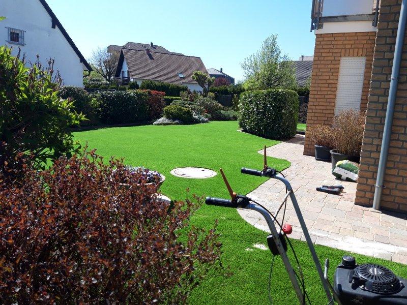 Kunstrasen_Premium_Line_35mm_260qm_Privatgarten (2)