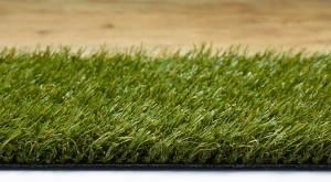 Kurzhalmige Kunstrasen-Sorten - ideal auch für ältere Gartenfreunde