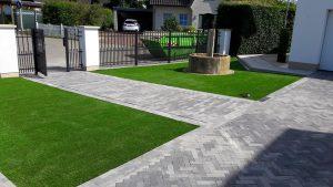 Kunstrasen im Vorgarten - sorgt für ein edles Ambiente